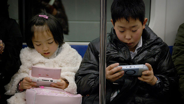 children-and-video-games-2