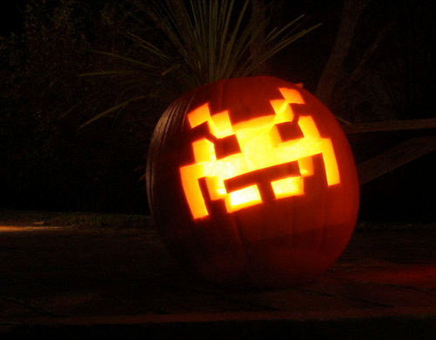 space-invader-pumpkin